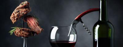 Steak a víno